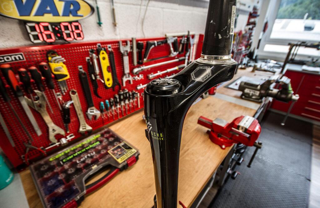 Foto taller Racing Shox